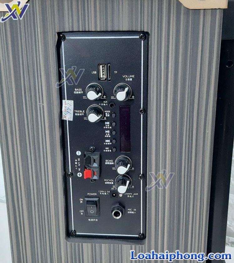 Loa kéo JBL M8 - bảng điều khiển loa